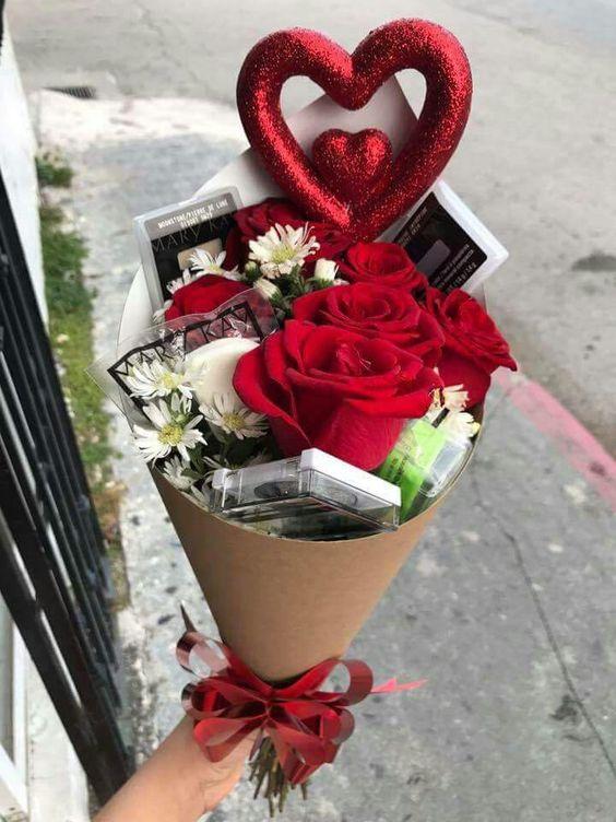 Valentin napi ajándékötletek nőknek