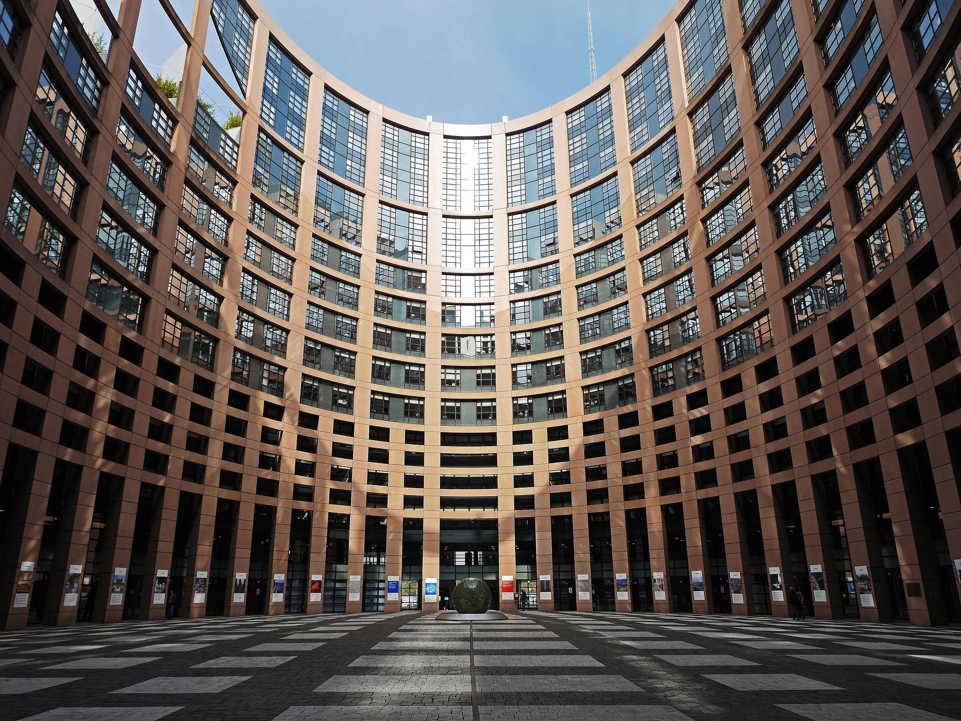 EU-s támogatások megvonása