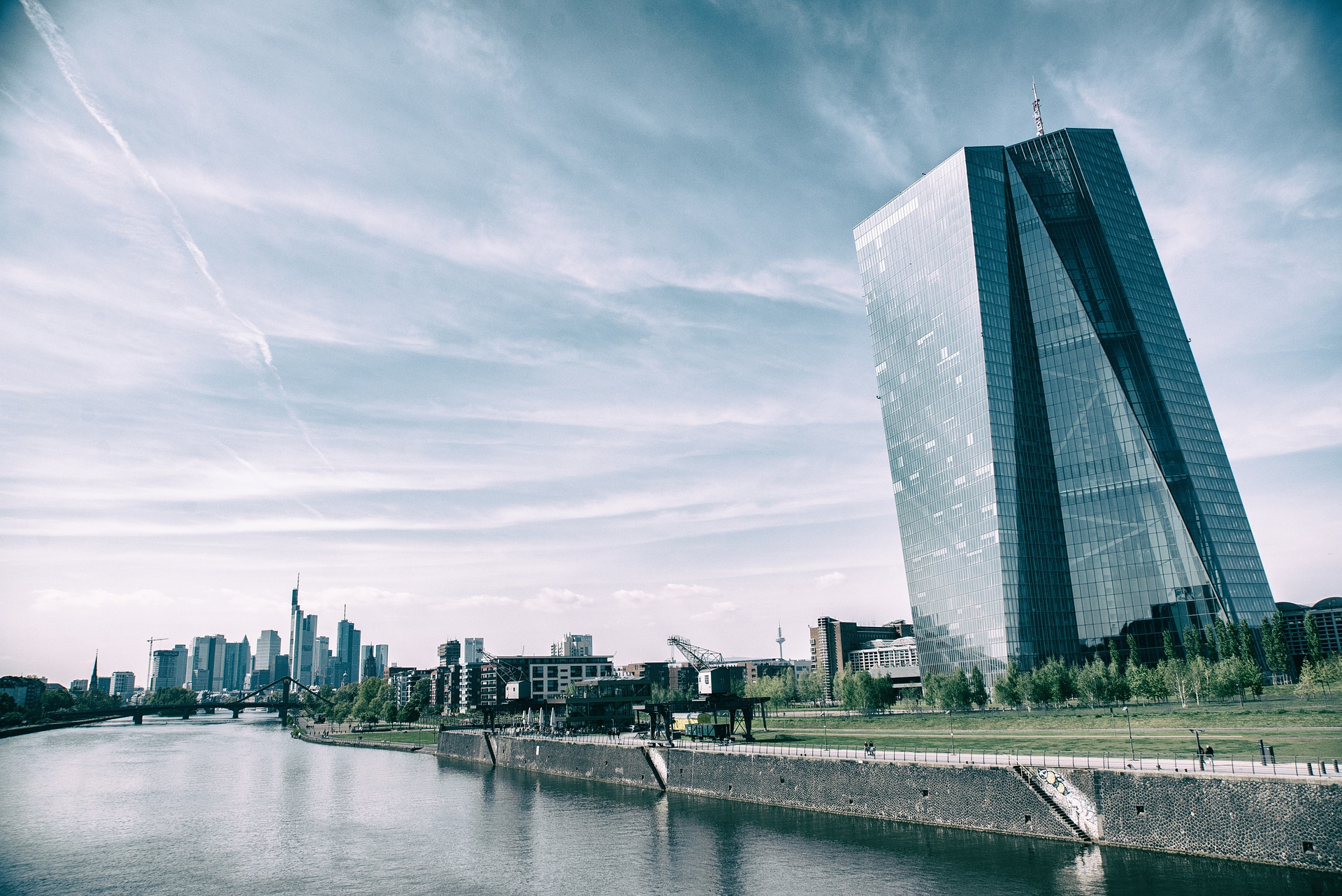 EKB, euro